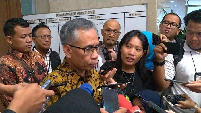 Ketua OJK Minta Para Bankir untuk Turunkan Suku Bunga